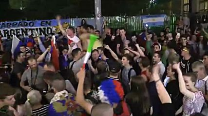 Russia: Fans burst into celebration after Russia beats Egypt 3:1