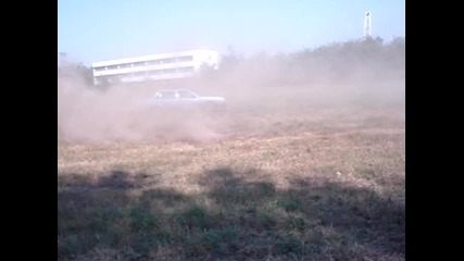 selo Podem ...така се кара Volvo 740 преди да се продаде Ii :)