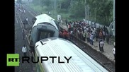 India: Two dead and eight injured after train derails near Gulbarga