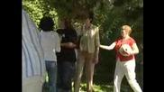 Младите учени търкаляха тикви в знак на протест