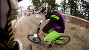 Най-лудото спускане с велосипед