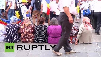 Moldova: Chisinau activists rally for a union of Romania and Moldova