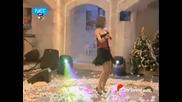 Фиде Коксал, приказно красиво момиче -- фантастични изпълнения на турски и гръцки песни и танци