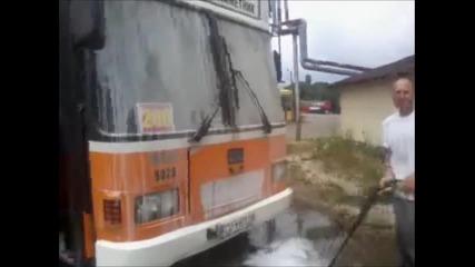 миене на автобус с параструйка