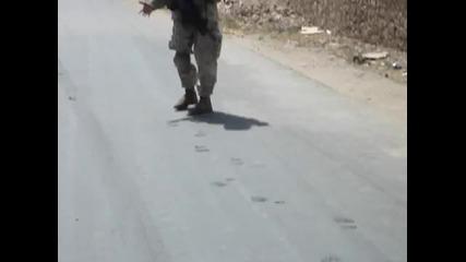 Разтопени улици в Ирак - Ето това е жега!