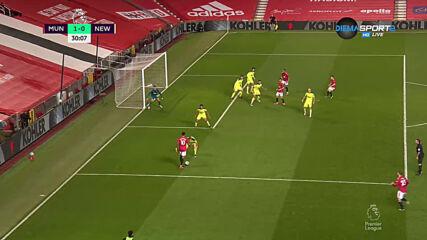 Фантастичен гол на Рашфорд и Юнайтед поведе