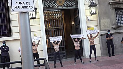 Spain: Femen activists hold protest against far-right march in Madrid *EXPLICIT*