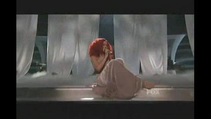 Rihanna California King Bed Live American Idol Performance ( ft. Nuno )