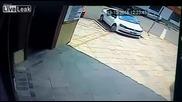 Очаквай неочакваното - Каруца се разби в автомобил