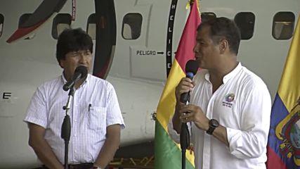 Ecuador: Morales delivers humanitarian aid to earthquake-hit Manta