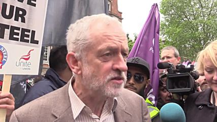 UK: Labour's Corbyn joins workers on march to save UK's steel industry