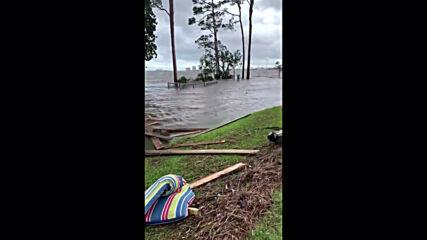 USA: Debris and damage as Hurricane Sally hits Florida