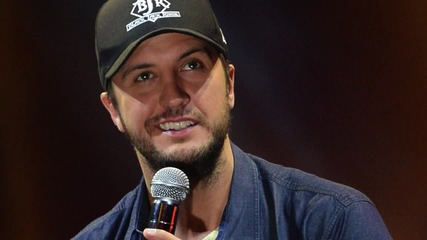 "Luke Bryan Says Caring for His Sisters Children is ""The Right Thing"""
