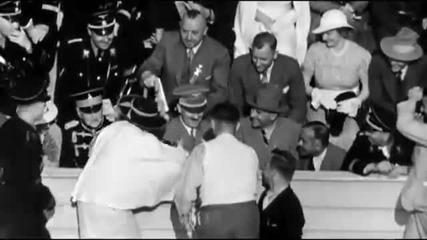 Мацка налита да целива Фюрера