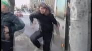 Луди руснаци играят голи Смях