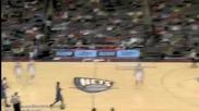 Gilbert Arenas вкарва от 85 фута за Orlando Magic срещу New Jersey Nets (27.12.10)