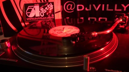 Vivien Vee - Give Me A Breack 12- Vinyl Studio54 Disco Classics