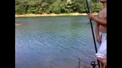 И ловец съм и рибар...