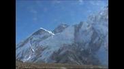 Фотоизложба отбелязва 60 години от първото изкачване на Еверест