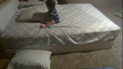 Няма да повярвате какво направи това бебе