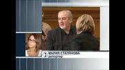 """Реакции в Народното събрание за бомбата пред """"Галерия"""""""