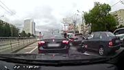 Пешеходец vs. моторист .