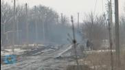 Russia Masses Heavy Firepower on Ukraine Border