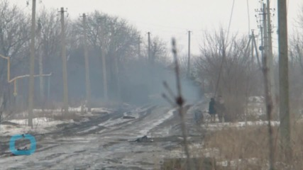 Russia Masses Heavy Firepower on Ukraine Border