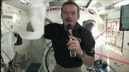 Ето как си мият ръцете астронавтите в Космоса