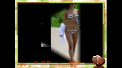 Vanessa And Zac In The Beach!!!