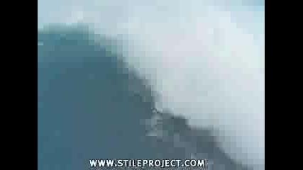 Най - Екстремния Сърфист По Вълна 33 Метра