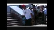 Златен трофей за момче с идялен контрол на скейтборд