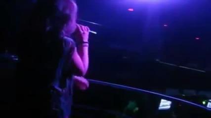 Milica Pavlovic - Beli biseru - (LIVE) - (Diskoteka Studio, Nis 2012)