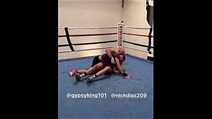 Тайсън Фюри тренира заедно с Ник Диас