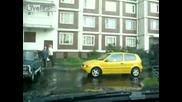 Най доброто паркиране от най добрия шофьор смях
