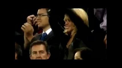 Шакира праща въздушна целувка на Пике