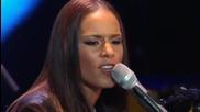 Alicia Keys - Fallin' ( Live at Nyu Yahoo Pepsi Smash )