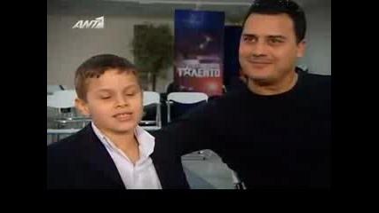 Едно готино зейбекико от Гърция търси талант