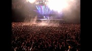 Всичко откача, изнасят хора на носилки. Майкъл Джексън Концерт в Букурещ 1992 (hq)