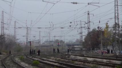 Бв 8612 надува тифоните преди гара Пловдив