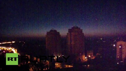 Ukraine: Explosions light up Donetsk skyline