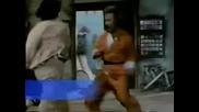 Топ 10 бойни сцени с Джеки Чан