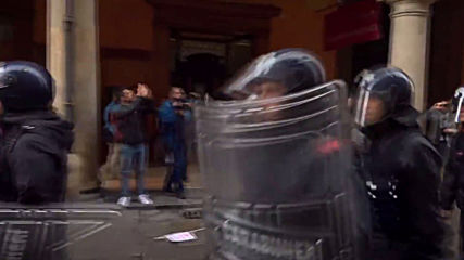 Italy: Tensions flare between police and Bologna antifa