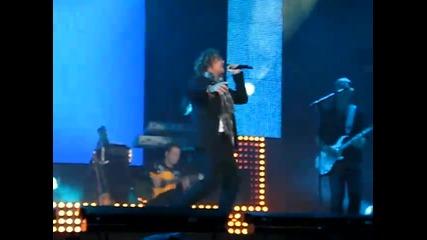 Besos de tu boca - David Bisbal live 2010