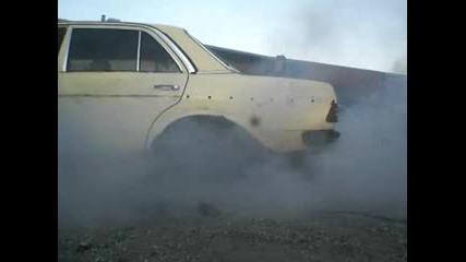 Mercedes 240d Burnout