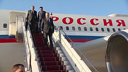 Kyrgyzstan: Putin received by PM Jeenbekov ahead of CIS summit