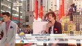 One Direction - Today Show - Изпълняват What Makes You Beautiful на Rockefeller Plaza в Nyc част 1/3