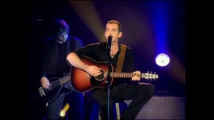 Garou - Demande au soleil (live) превод