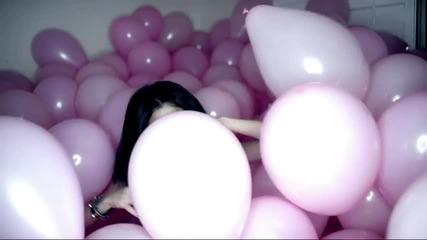 Selena Gomez - Hit The Lights (официално Видео)