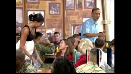 Обама прекара Коледа с военни и техните семейства от базата в Хаваи